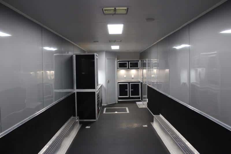 bumperpullwbathroom0142_3