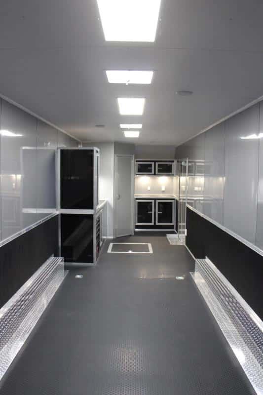 bumperpullwbathroom0250_3